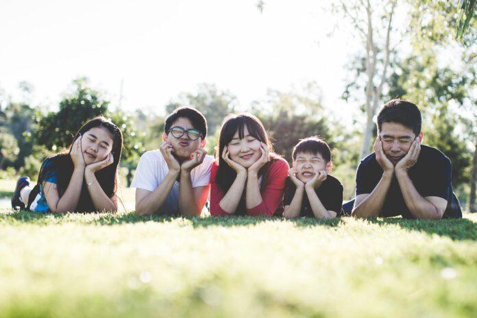 8 วิธีลดเครียดในผู้สูงวัยและครอบครัว