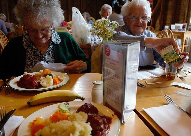 เจาะตลาดอาหารผู้สูงอายุ ทำธุรกิจอย่างไรให้ได้ใจลูกค้า